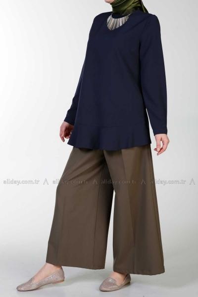 Eteği Volanlı Bluz