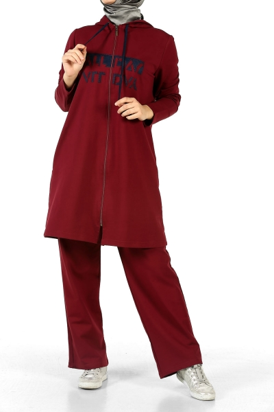 EMBROIDERED PLUS SIZE TRACKSUIT WITH HOOD