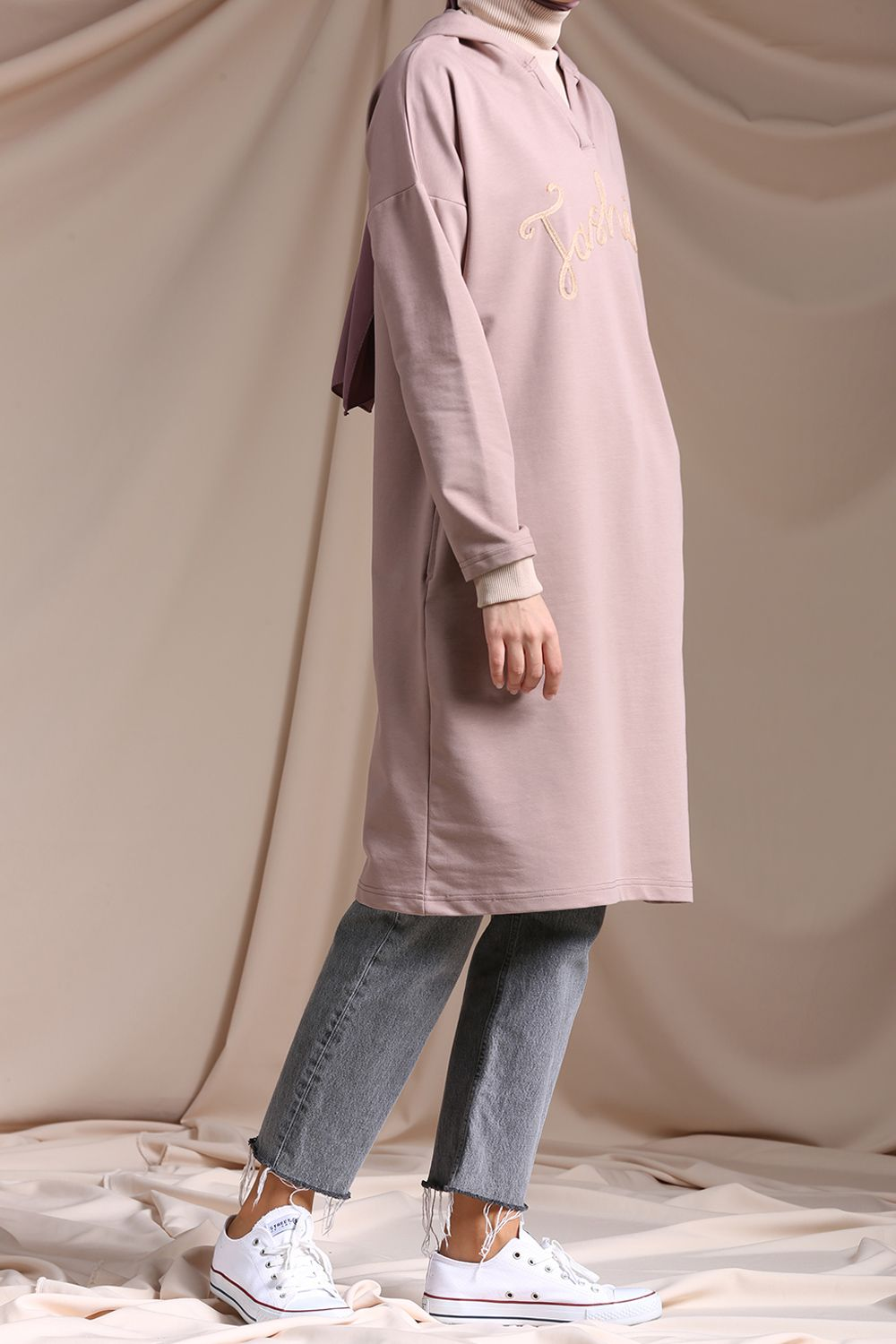 EMBROIDERED HOODED TUNIC