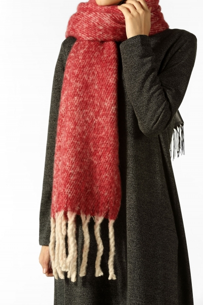 TASSEL WINTER SHAWL